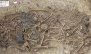 Ba Lan khai quật ngôi mộ tập thể 5.000 năm tuổi, hé lộ thảm kịch gia đình