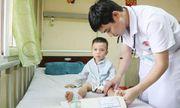 Tin tức đời sống mới nhất ngày 7/6/2019: Bé trai 3 tuổi bị liệt hai chân sau giấc ngủ trưa ở trường học
