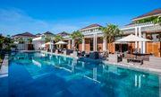 Vợ chồng Dương Khắc Linh- Sara Lưu hạnh phúc khi nghỉ dưỡng ở Premier Village  Danang Resort Managed by AccorHotels