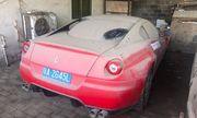 """Siêu xe Ferrari 599 GTB chuẩn bị được thanh lý """"đồng nát"""" với giá chưa tới 6 triệu đồng"""