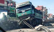 Tin tức tai nạn giao thông mới nhất hôm nay 23/6/2019: 4 ôtô tông liên hoàn, quốc lộ 1 ùn tắc kéo dài