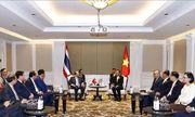 Thủ tướng gặp gỡ các nhà lãnh đạo bên lề Hội nghị Cấp cao ASEAN lần thứ 34