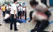 Phẫn nộ người phụ nữ dùng dao đâm nhân viên nhà ga chỉ vì bị trễ tàu