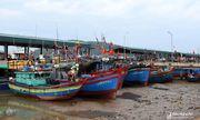 Nghệ An: Bão số 2 đổ bộ, nhiều tàu thuyền vẫn chưa liên lạc được