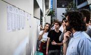 Giáo viên giữ điểm 30.000 bài thi của học sinh Pháp để yêu cầu đàm phán