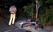 Bình Phước: Chạy xe tốc độ cao, nam thanh niên tông vào gốc cây tử vong