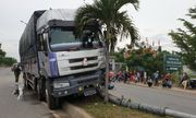 Ninh Thuận: Nghi vấn tài xế buồn ngủ gây tai nạn kinh hoàng, 2 người thương vong