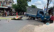 Bình Dương: Chạy xe tốc độ cao tông vào ô tô tải, thiếu niên 17 tuổi tử vong tại chỗ