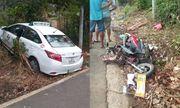 Quảng Nam: Taxi lao sang làn đường đối diện, tông 2 người tử vong