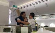 Làm rõ vụ hành khách hạng thương gia sàm sỡ thiếu nữ trên máy bay
