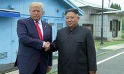 Tổng thống Trump gửi món quà đặc biệt cho Chủ tịch Kim Jong-un
