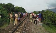 Vụ xe khách va chạm tàu SE27 làm 3 người tử vong: Hé lộ nguyên nhân ban đầu