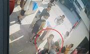 Vụ học sinh lớp 1 trường Gateway tử vong: Ông ngoại tiết lộ bất ngờ về chiếc áo