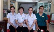 Năm nhân viên phòng khám kịp thời cứu sản phụ đẻ rơi con trong công viên