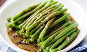 Nấu đậu đũa cho thêm thứ này bạn có ngay món chay cực ngon cho Rằm tháng 7