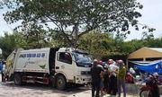 Xe chở rác hất văng 2 xe máy, tông tiểu thương tử vong ngay cổng chợ