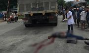 Ngã xuống đường sau va chạm, người đàn ông bị xe tải cán tử vong thương tâm