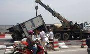 Tai nạn liên hoàn 6 ô tô trên cầu Thanh Trì, giao thông ùn tắc hàng cây số
