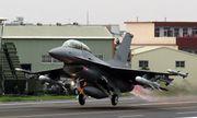 Tổng thống Trump lên tiếng lý giải việc bán 66 chiến đấu cơ F-16 cho Đài Loan