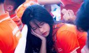 Nữ sinh 10X ngủ gật khiến dân mạng ráo riết truy tìm danh tính