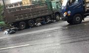 Xe máy va chạm ô tô tải, 2 du khách người nước ngoài thương vong