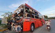 Video: Nhân chứng kể lại cảnh tượng 2 xe khách va chạm kinh hoàng ở Khánh Hòa