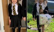 """Bé gái 5 tuổi bất ngờ nổi rần rần trên mạng xã hội nhờ bức ảnh """"như đi đánh trận"""" từ trường về"""