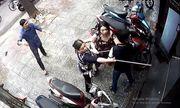 Bị hàng xóm đánh nhập viện vì mâu thuẫn vũng nước trước nhà