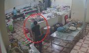 Vụ nữ phụ bếp nghi bị tạt axit bỏng mặt, hỏng một bên mắt: Công an truy tìm hung thủ