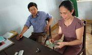 Thừa Thiên Huế: Thầy giáo trả lại 20 triệu đồng cho người phụ nữ đánh rơi