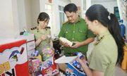 Hà Nội: Thu giữ 6.000 sản phẩm bánh kẹo không nguồn gốc