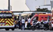 Video: Hiện trường vụ đâm dao loạn xạ ở ga tàu Pháp khiến 10 người thương vong