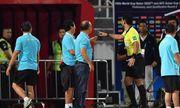 Tại sao HLV Park Hang-seo nhận thẻ vàng trong trận đấu Việt Nam - Thái Lan?