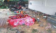 Tường bê tông đổ sập đè vào nhóm thợ xây đang ngủ, 3 người tử vong