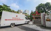 Lực lượng Binh chủng Hóa học bắt đầu tẩy độc tại công ty Rạng Đông
