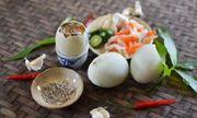 Tác dụng bất ngờ của việc ăn trứng vịt lộn vào buổi sáng
