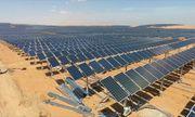 Trung Quốc khiến cả thế giới kinh ngạc khi phát triển trang trại điện mặt trời rộng 66,7 km2 giữa sa mạc
