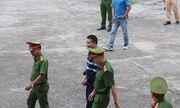 Bản án 2 năm tù về tội chống người thi hành công vụ đối với