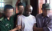 Bắt hai người đàn ông ngoại quốc vận chuyển gần 15kg ma túy vào Việt Nam