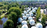 Ngôi làng nổi tiếng với những ngôi nhà hình cầu như của người ngoài hành tinh