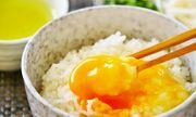 Cơm trộn trứng sống ngon cỡ nào mà từ trẻ con đến nguời già ở Nhật đều háo hức ăn từ sáng đến tối