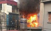 Hà Nội: Nhà 3 tầng cháy dữ dội, khói đen bốc nghi ngút
