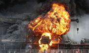 Tàu chở dầu ở Hàn Quốc bốc cháy khói đen bốc lên nghi ngút, 9 người bị thương