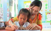 Cảm phục cô giáo người Raglai nỗ lực duy trì tỷ lệ học sinh đến lớp
