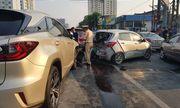 Tin tức tai nạn giao thông mới nhất hôm nay 30/9/2019: Ô tô 'điên' tông hàng loạt xe dừng đèn đỏ