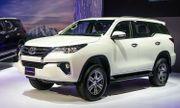 Tại Việt Nam Toyota giảm giá cực