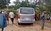 Bị ô tô tông mạnh từ phía sau, 2 thanh niên đi xe máy tử vong tại chỗ