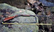Tìm mật ong trên vách đá, người đàn ông bị súng cướp cò tử vong