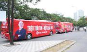 HLV Park bất ngờ 'xuất hiện' trên tuyến xe bus lạ trước trận Việt Nam – Malaysia