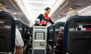 Mỹ: Tiếp viên mắc bệnh viêm gan truyền nhiễm, hàng loạt hành khách phải tiêm vắc xin